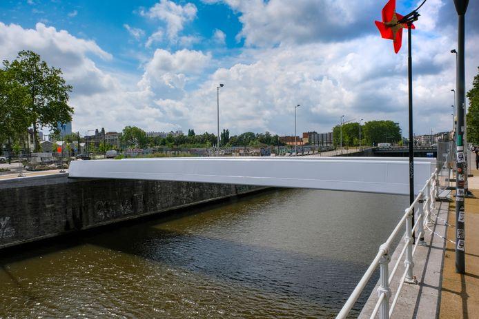Voetgangersbrug in Molenbeek.