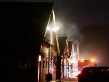 Hooibalen in schuur Albergen in brand