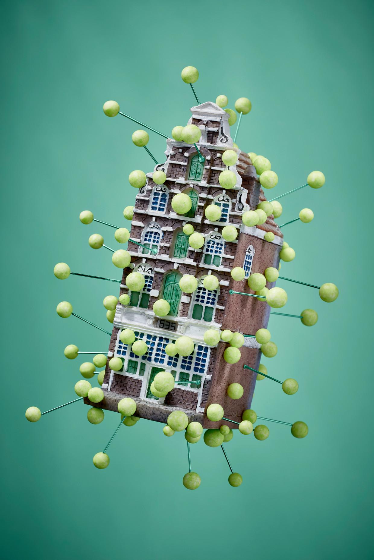 Amsterdam is de coronabrandhaard van Nederland geworden. Beeld Rein Janssen