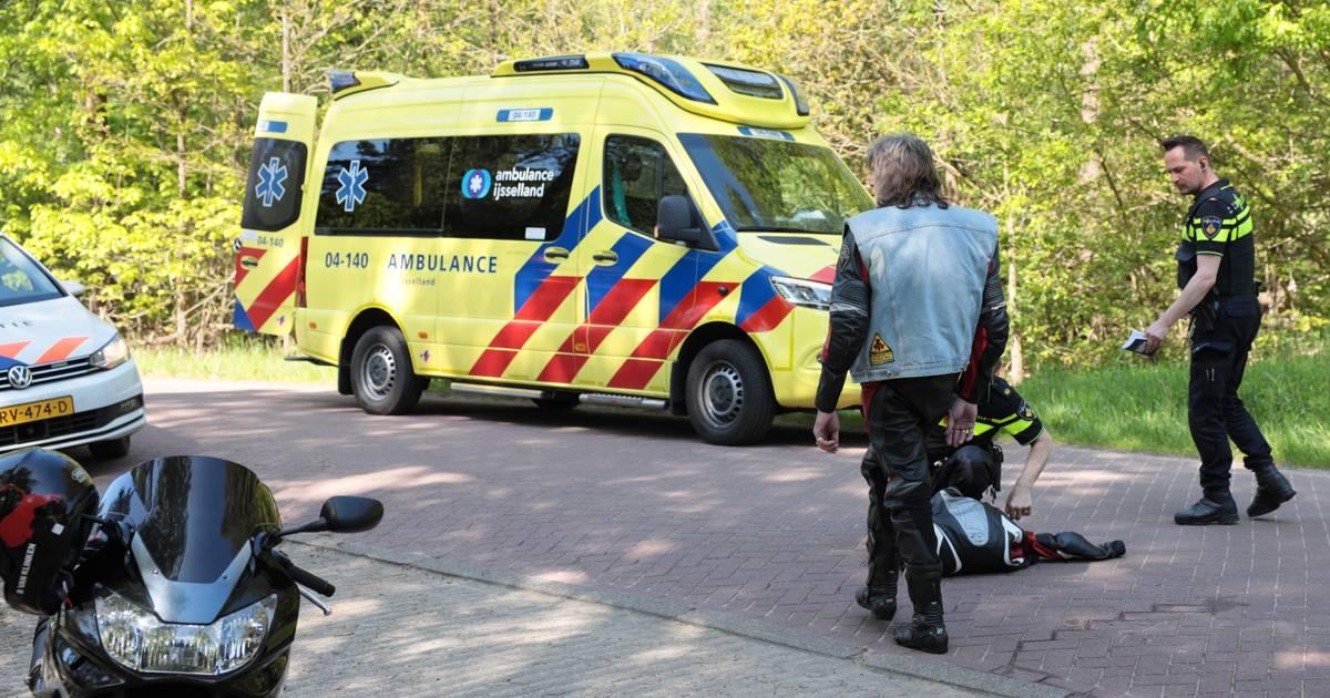 Motorrijder gewond na aanrijding in Beerze.