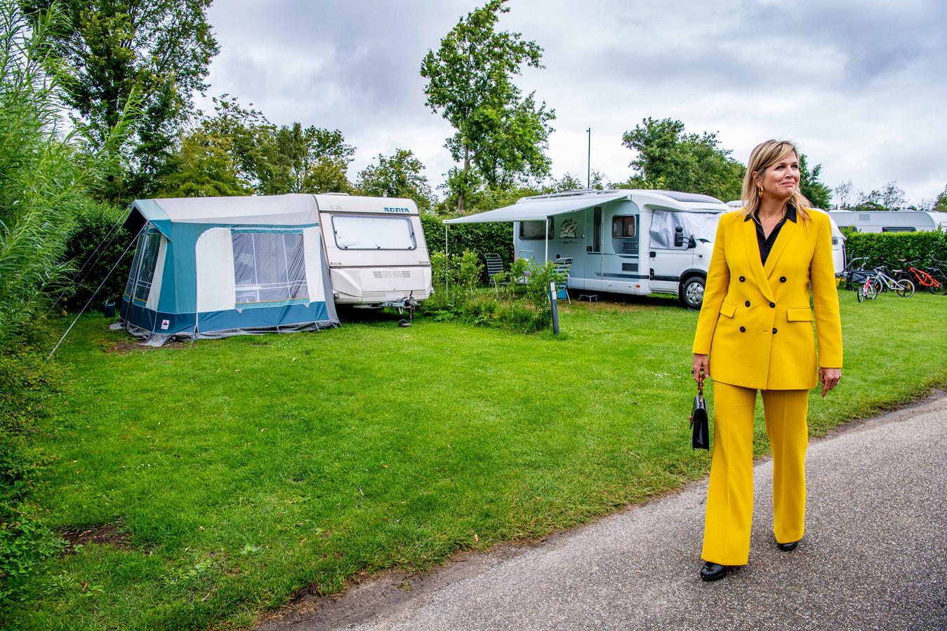 Koningin Maxima tijdens een werkbezoek aan de toeristische sector in de provincie Zeeland.