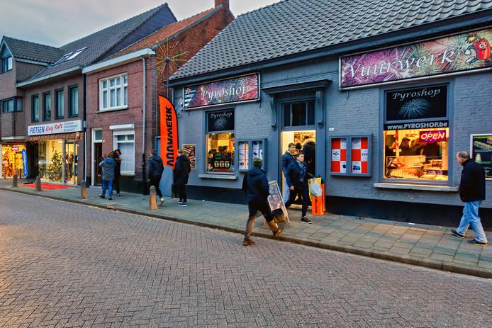 In Baarle-Hertog, een Belgische enclave in Nederland, lopen Nederlandse en Vlaamse klanten altijd al door elkaar.
