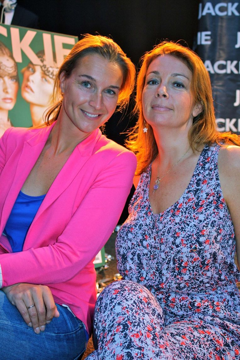 Suzanne de Rijk (l) en Sabine Zurel van Z.O.Z. (Zie Oud-Zuid) Magazine.   <br /> Beeld null