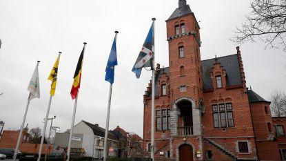 Lievegem gaat bouwen, véél bouwen: nieuw gemeentehuis, nieuwe school en fuifzaal