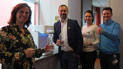 Drinkwater vervangt flessen in het OCMW