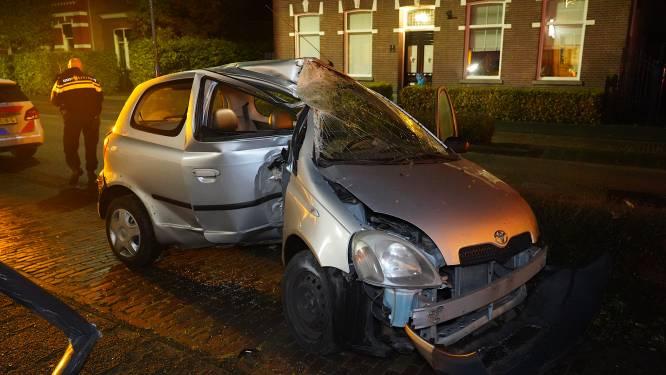 Automobilist gewond bij botsing tegen lantaarnpaal in Rijen