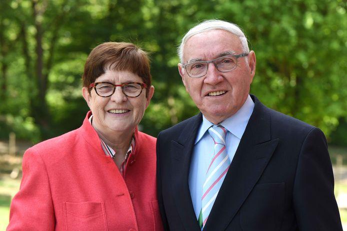 Paul Jansen (83) zijn vrouw Magdalena Ruttens (82) raakten zondagavond betrokken bij een ongeval met een trein.