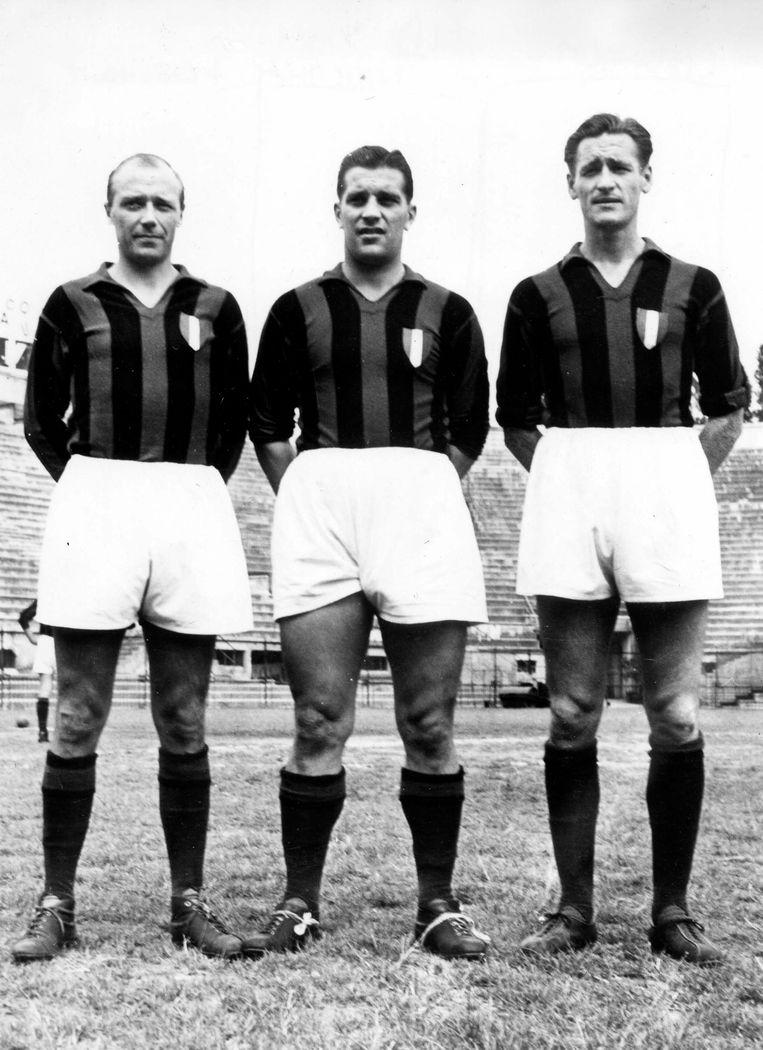 Gunnar Gren (l) samen met Gunnar Nordahl and Nils Liedholm in 1950. Beeld AP