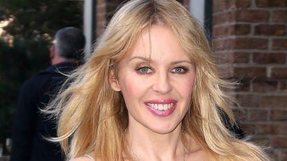 """Bijna 50-jarige Kylie Minogue bergt haar kinderwens definitief op: """"Ik zal helaas nooit mama worden"""""""