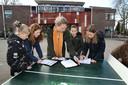 Kinderen van de Brede School St. Martinus in Oud-Zevenaar volgden vandaag meerdere lessen in de buitenlucht.