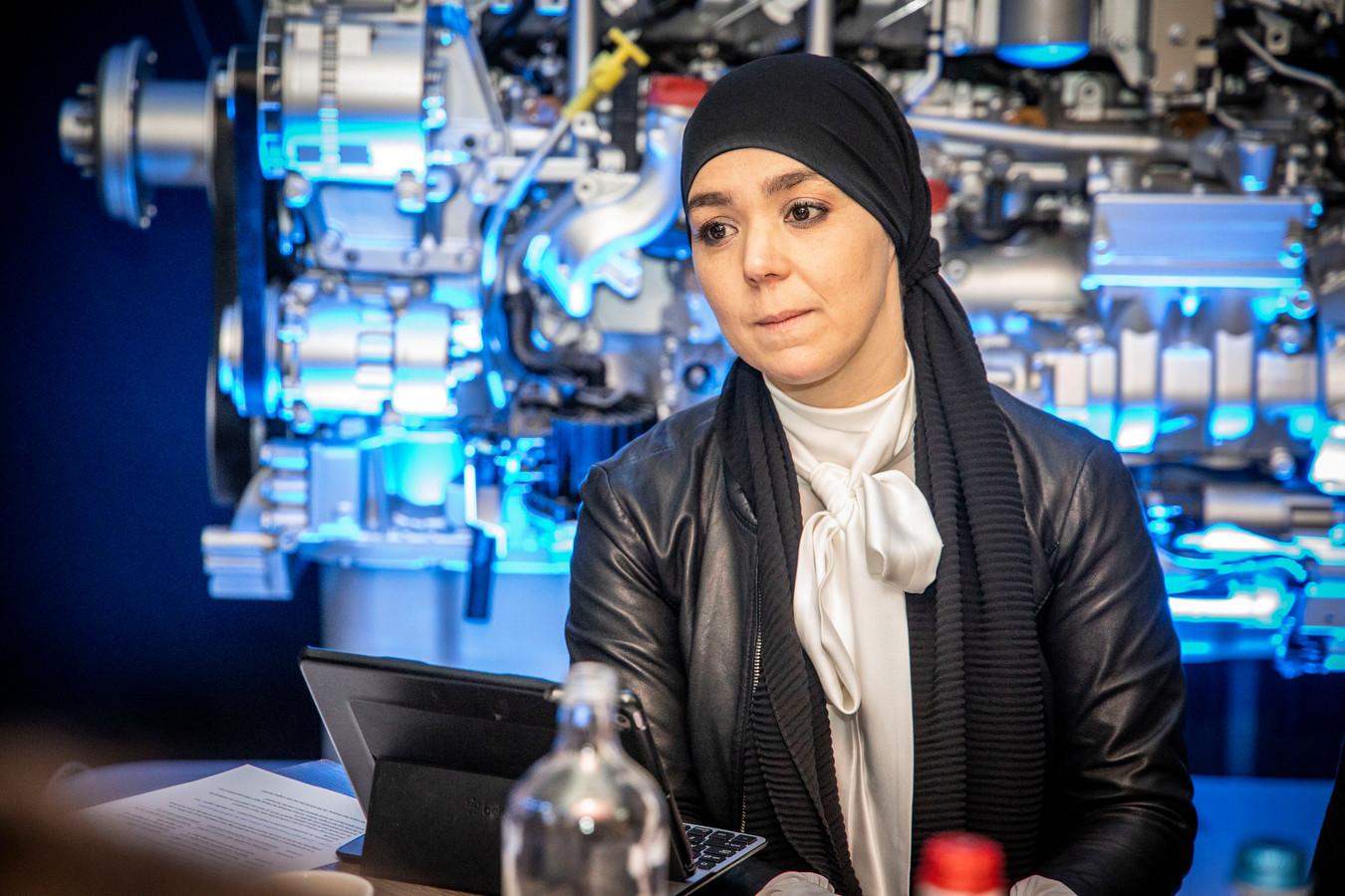 """De Tilburgse wethouder Esmah Lahlah. ,,Niets is slechter dan inactiviteit; mensen worden er ongelukkig van, ziek en depressief,"""""""