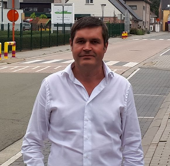 """Schepen Tim De Knyf: """"Indien dit onderzoek zou uitwijzen dat een ontsluiting nuttig en haalbaar is, dan zal dit transport beperkt worden tot een frequentie van gemiddeld één transport per week."""""""