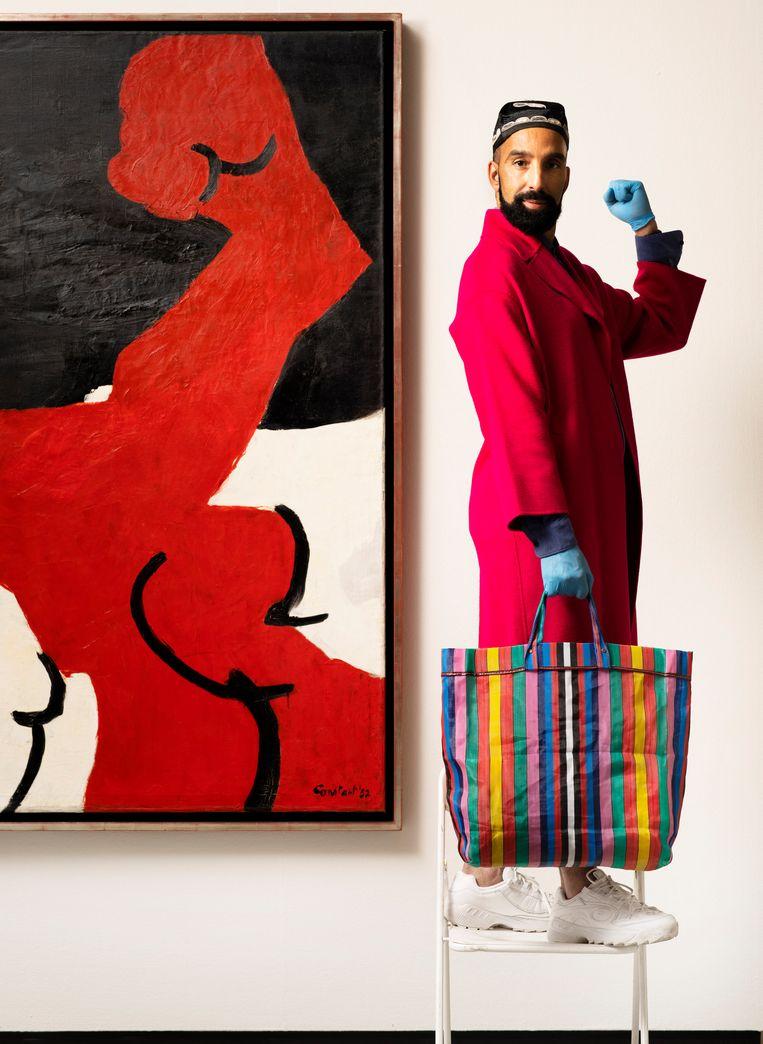Aziz Bekkaoui op de Klapstoel. Beeld Harmen De Jong