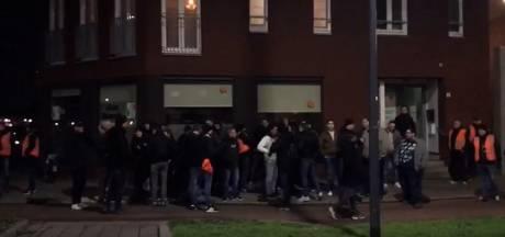 Voetbalsupporters als buurtwachten door verschillende steden: 'Desnoods springen we ertussen'