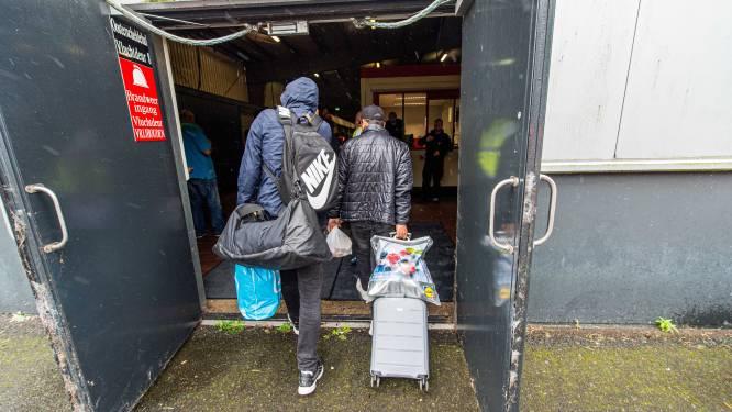Enschedese politiek wil vluchtelingen gespreid opvangen: 'Aan een groot asielzoekerscentrum moeten we niet weer beginnen'