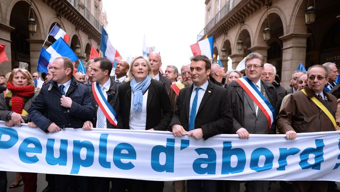 Marine Le Pen et Florian Philippot (à droite)