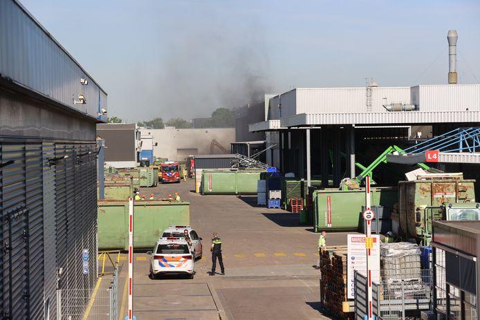 Foto van een brand bij Mirec eerder deze maand