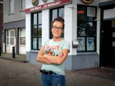Kroegbaas Chantal raakte gewond aan haar hoofd bij vechtpartij in café, verdachte is vrijgesproken