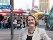Wethouder Monique List uit Eindhoven druk op zoek naar oplossingen
