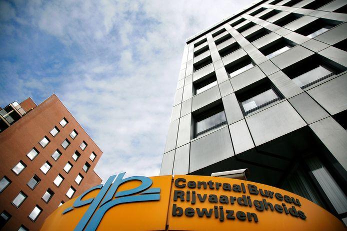 Het hoofdkantoor van het geplaagde CBR in Rijswijk.