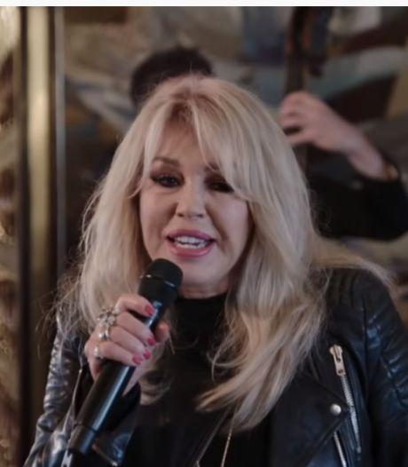 Patricia Paay maakt indruk met Famke Louise-hit Op me Monnie
