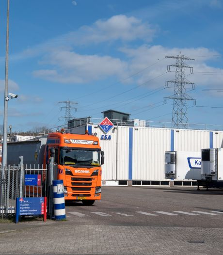 Slachterij in Apeldoorn en zusterbedrijven draaien weer na golf coronabesmettingen: 'Gevolgen zijn groot'
