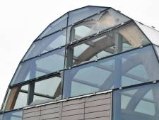 Dozijn ruiten ingegooid van 'theehuis' bij Dokje van Perry in Vlissingen