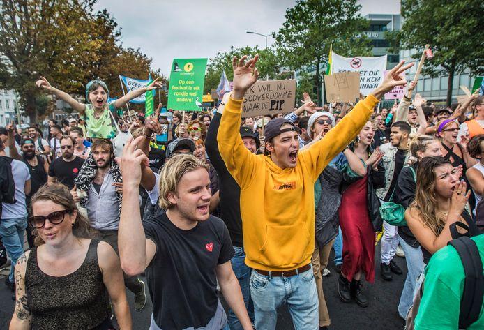 Protestmars Unmute Us trok vandaag door de Haagse straten.