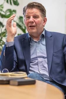 Baas Gelderse GGD in opspraak door businessclassreizen als politiechef: 'Boek maar'