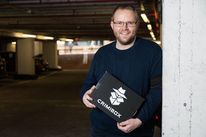 Jimmy Cowé met zijn spel 'Crimibox'