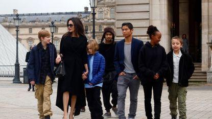 """""""Ze geeft de kinderen alles wat zij maar willen"""": Brad Pitt eist dat Angelina Jolie stopt met haar verwennerijen"""