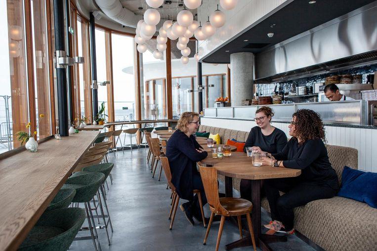 Café Pontsteiger Beeld Lin Woldendorp