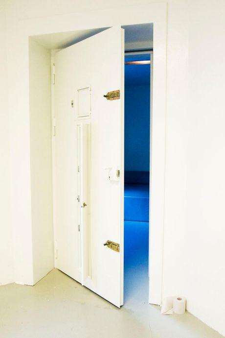 Vijftien maanden in isoleercel Grote Beek is volgens de rechter meer dan genoeg straf voor Tilburger
