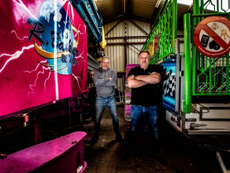 Kermisexploitanten zijn wanhoop voorbij: 'Mijn trailer is 21 meter. Die alleen al kan de A1 blokkeren'