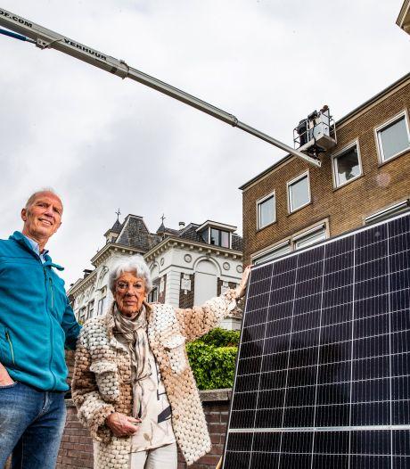 Marco (65) moet zonnepanelen van dak halen 'ter bescherming' van skyline: 'Dit doet pijn'