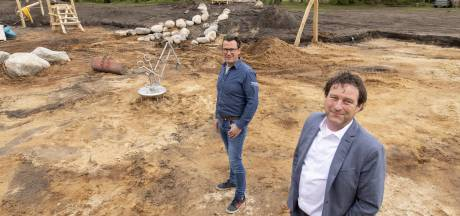 Forelderij in Usselo meer dan woon- en werkplek voor 'paradijsvogels' en kansarmen