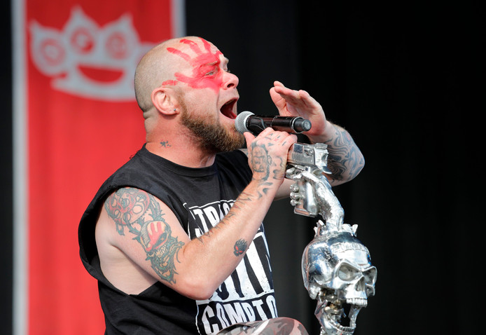 Zanger Ivan L. Moody van de metalband Five Finger Death Punch.