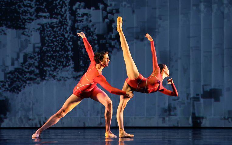 Scène uit 'Prometheus', een onderdeel van het Beethoven-programma van Het Nationale Ballet. Beeld foto Hans Gerritse
