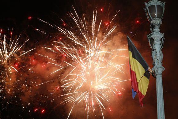De nationale feestdag werd afgesloten met een knallende vuurwerkshow.