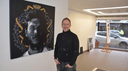 """Jurgen De Smedt schildert portret van Sportingkapitein Killian Overmeire: """"Lichtpunt voor fans in donkere dagen"""""""
