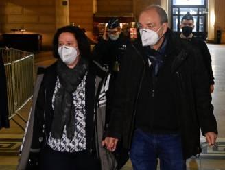 Bijna de perfecte moord gepleegd... tot arts gaatje vindt achter oor slachtoffer: 27 jaar cel voor oud-parlementslid Christian Van Eyken en zijn vrouw