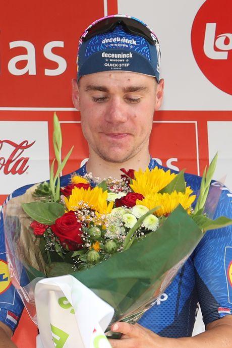 Fabio Jakobsen wint voor het eerst sinds horrorcrash weer een rit: 'Dit is een emotioneel moment'