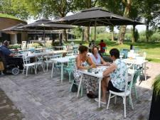 Het terras van Brasserie Fort Altena is een juweeltje om te koesteren