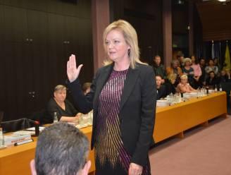 Els Cosyns (Open Vld) stapt uit Denderleeuwse gemeenteraad en politiek om naar Denderhoutem te verhuizen