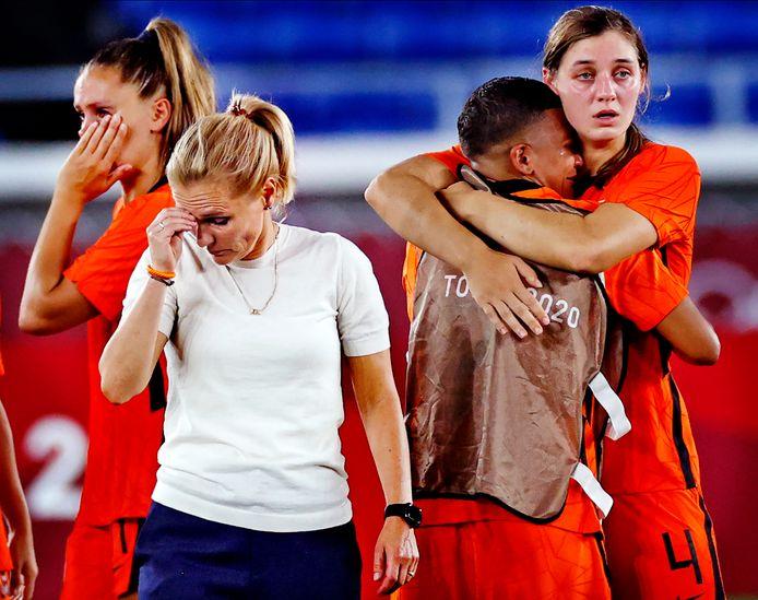 Sarina Wiegman neemt afscheid als bondscoach van Oranje en gaat aan de slag bij de Engelse voetbalbond.