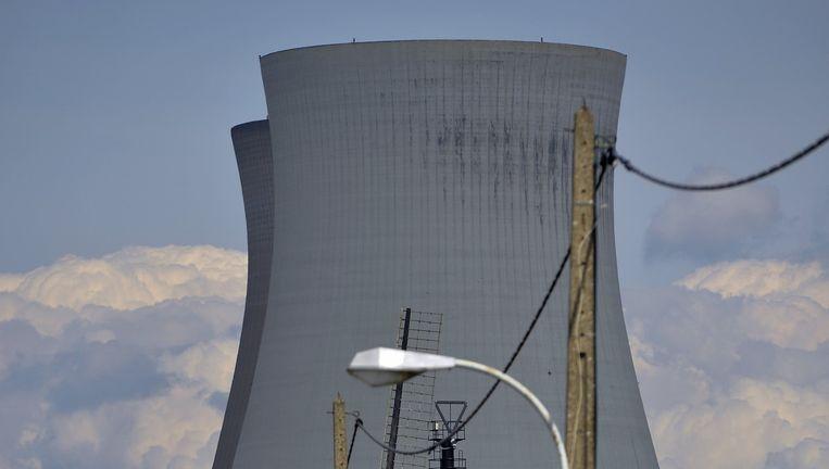 De kerncentrale in het Belgische Doel, vlakbij Antwerpen en de Nederlandse grens. Beeld Foto Eric Lalmand / Belga