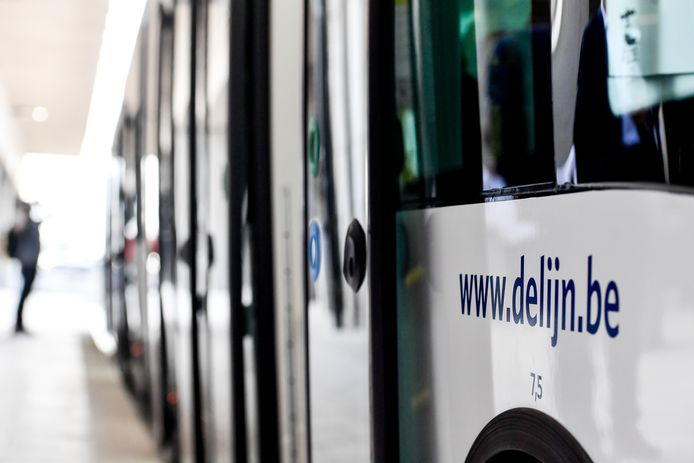 Illustration picture shows the logo of de lijn trambus the press presentation of the first trambussen of the country by De Lijn, Flemish public transport company in Zaventem airport, Tuesday 23 April 2019. BELGA PHOTO DIRK WAEM