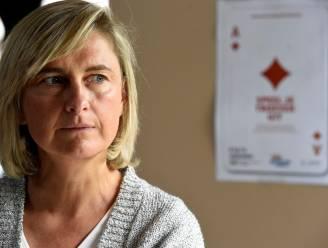 """""""Ik kon plots niet meer helder denken"""": Hilde Crevits over moment dat kanker werd vastgesteld bij zoon (24)"""