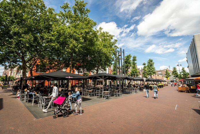 Terrassen op de Markt in Helmond.