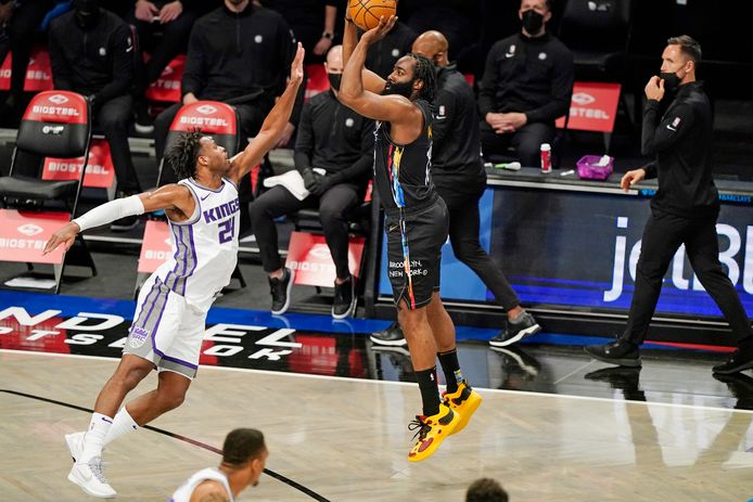James Harden et les Nets ont dignement fêté le retour du public au Madison Square Garden.